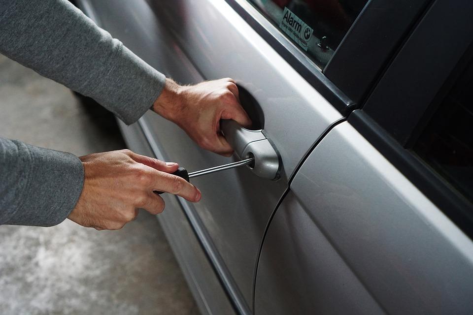 krádež vozidla